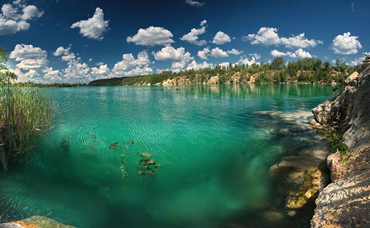 Соколовский карьер с бирюзовой водой