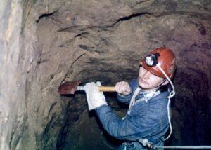 Александр Кравчук в пещерах Житомира
